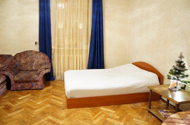Жилая комната в однокомнатной квартире на ул. Ленина, 4 в Минске стоимостью от $37 в сутки.