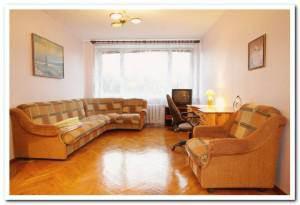 Меблированный зал в съемной 2 комнатной квартире на пр-те Независимости, 76 в Минске.